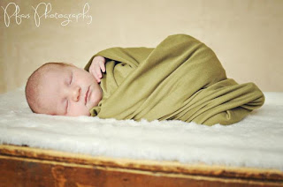 Guest Post: Pdx Momma – Newborn Photo Tips