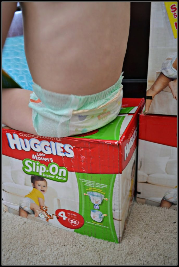 #FirstFit with HUGGIES® Little Movers Slip-‐On® Diapers #MC #sponsored