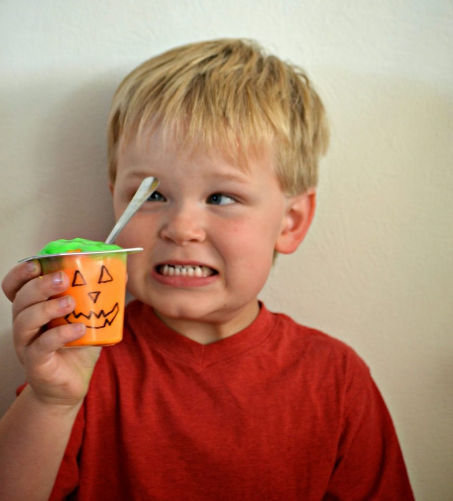 snack pack, snackpack, pudding cup, pudding cups, Halloween pudding cups, easy to make desserts