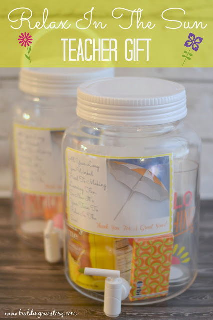 #DIY End of Year Teacher Gift: Relax In The Sun, End of the year teacher gifts, Relax in the Sun poem for teachers, sun tea teacher gift, teacher gifts, DIY Teacher Gift Ideas, easy end of the year gifts for teachers.