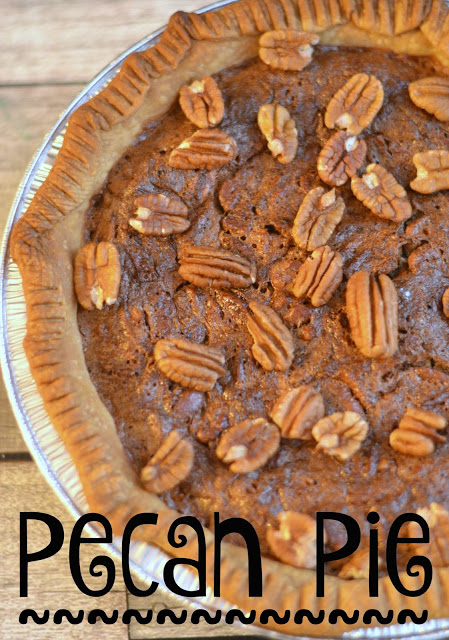 Pecan Pie recipe, easy pecan pie recipe, pecan pie, thankgiving desserts, easy pie recipes,