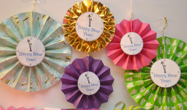 New Year's Paper Fan Clock Decorations & A NYE Party, New Years Eve party ideas, Paper fan clock craft, New Years Eve party decorations, fun decorations for New Years Eve party, Cracker Barrel Cheese Tray, New Year's eve party ideas, New Year's eve party