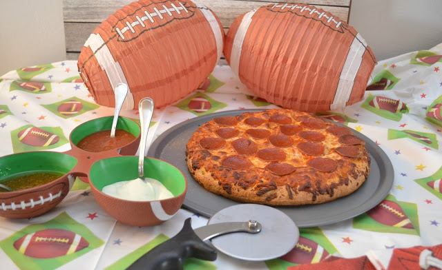 Create a Pizza Dipping Station, pizza dipping station, pizza party ideas, creative pizza party ideas, super bowl party, big game food