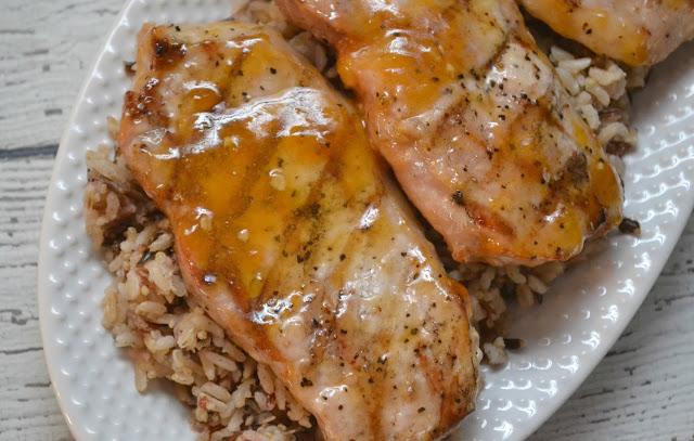 Apricot Glazed Grilled Pork Chops, pork chop recipes, pork recipes, grilled pork chop recipes, apricot grilled chicken, apricot glaze, easy pork chop recipes, grilled pork chop