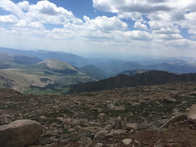 Mount Evans Scenic Byway, Mount Evans Scenic Byway Colorado, Mount Evans drive, fourteeners in Colorado, Tips for visiting Mount Evans