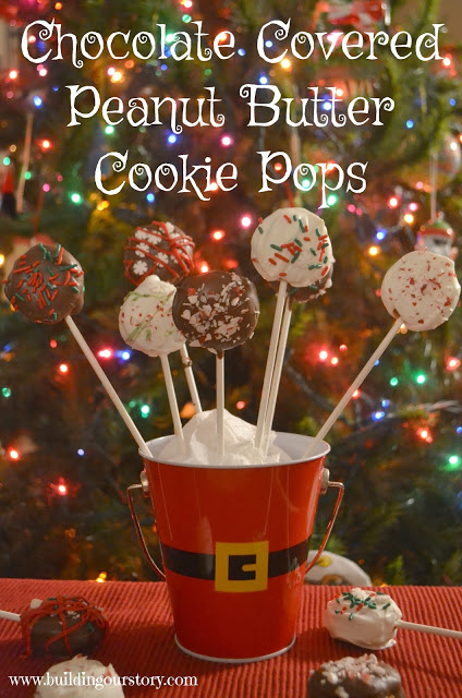 Chocolate Covered Peanut Butter Cookie Pops, cookie pops, Christmas cookie pops, Christmas cookie recipes, creative Christmas cookie recipes, Creative Cookie pops, Peanut Butter Cookie pops, Peanut Butter cookie sandwiches, Recipes with Nilla Wafers, Nilla wafer desserts