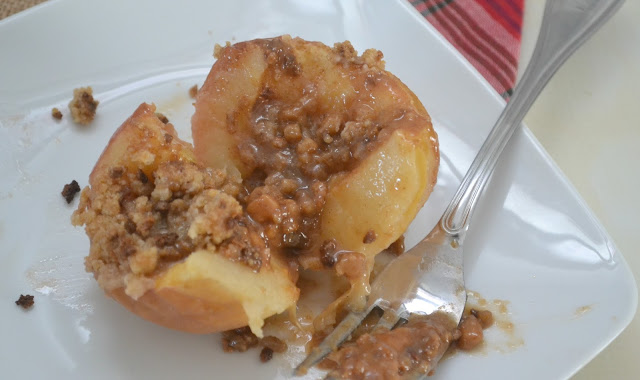 Baked caramel apples, inside out apple pies, creative apple desserts, Baked Apples, Baked Caramel Crumble Apples, Grape Nuts Cereal recipe, Using cereal in recipes, Stuffed baked Apples, apple cobbler, fall desserts, healthy desserts