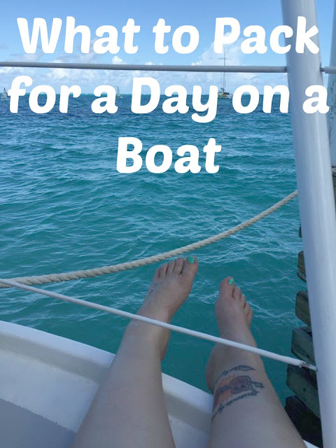 What to Pack for a Day on a Boat, What to Pack for a Day on a lake, packing list for a lake day, packing list for a boat day, discover boating information, rent a boat, fishing, boating, lakes in Colorado,