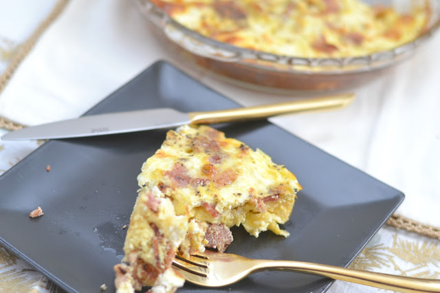 Bacon and Brie Frittata, easy brunch recipes, Frittata recipes, bacon frittata, crustless frittata, Frittata with brie, brunch ideas, holiday brunch recipes, holiday  Bacon and Brie Frittata