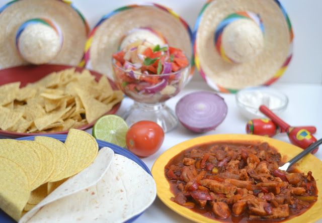 Friendsgiving - Fiesta Taco Night Style, friendsgiving ideas, friendsgiving recipes, taco night, easy taco party, taco party ideas, Frontera® products, Sweet & Spicy Pineapple Salsa. easy salsa recipes, pineapple salsa, sweet salsa recipe, pineapple salsa recipes, spicy salsa recipes, spicy salsa, #salsa #taconight #tacos #mexicanrecipes #FronteraExperience #ad