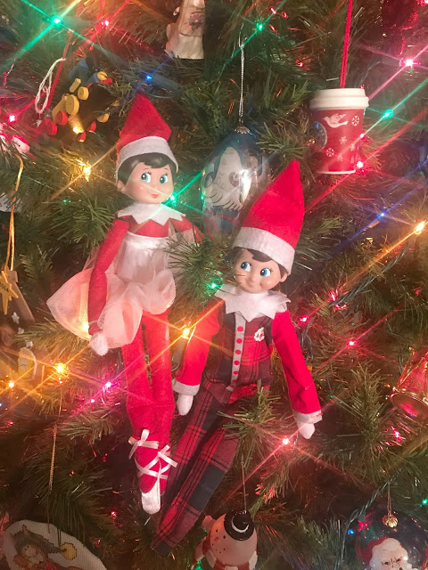 Elf On The Shelf - Easy Ideas For Busy Parents, easy elf on the shelf ideas, creative elf on the shelf ideas, favorite elf on the shelf ideas, ideas for two elves on the shelf, elf on the shelf - two elves,