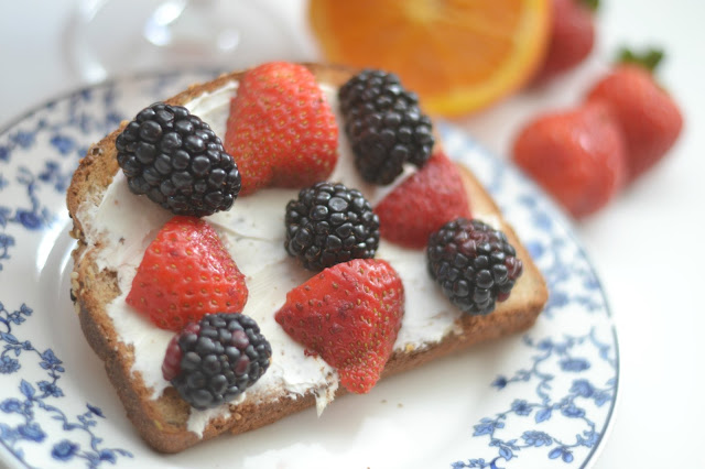 Easy breakfast ideas, breakfast toasts, breakfast toast recipes, Peanut Butter, Banana and Raisin Breakfast Toast, Berry and Cream Cheese Breakfast Toast, Tropicana Essentials® Probiotics