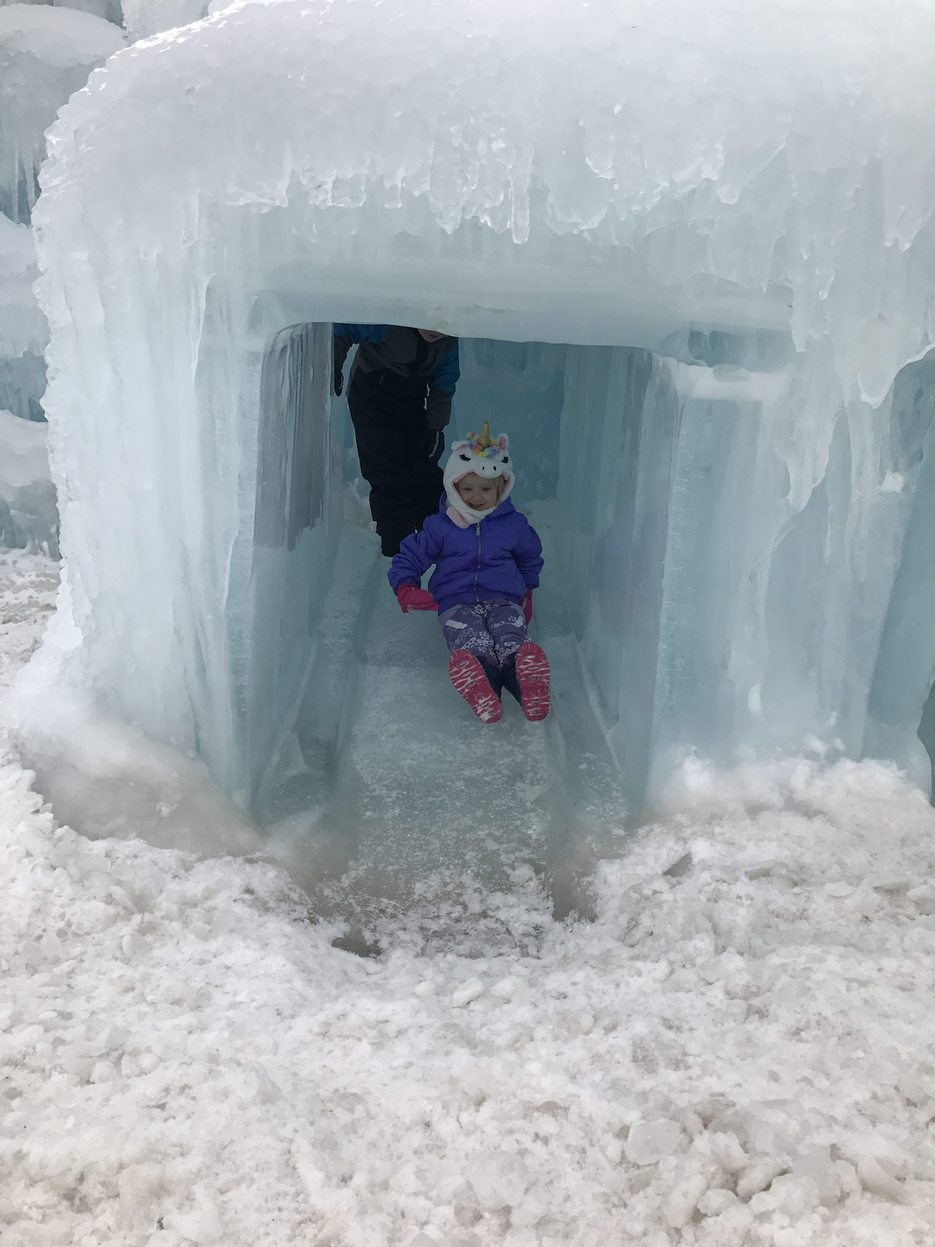 Visit The Ice Castles In Dillon Colorado, ice castles, tips for visiting the ice castles in colorado, winter activities in colorado, ice castles dillon, ice castles denver, ice castles, where do I see the ice castles