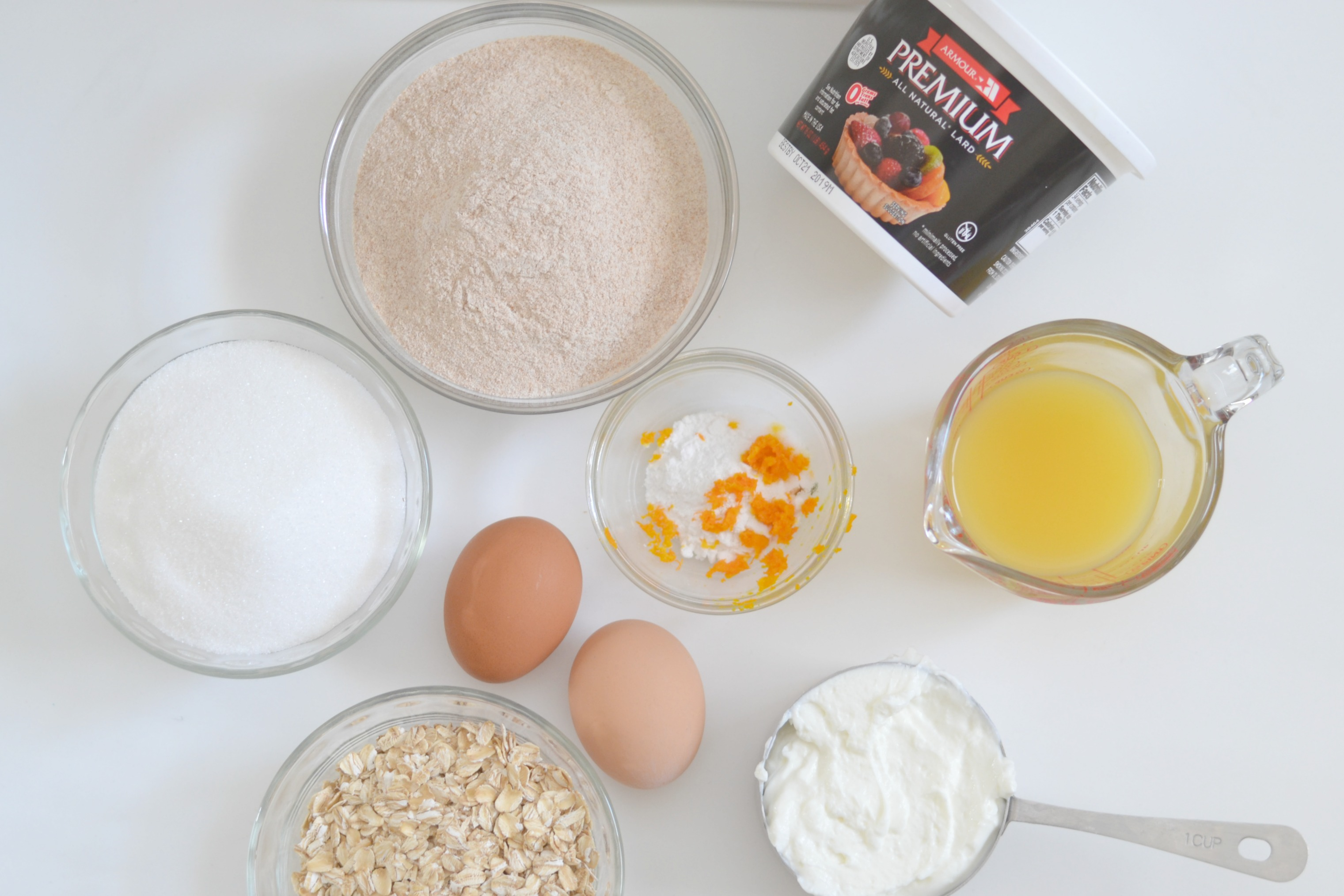 Orange Oatmeal muffins, easy oatmeal muffins, baking with lard, healthy oatmeal muffins, orange oatmeal muffin, orange oatmeal muffin recipe, healthy muffin recipes, fresh orange recipes, oatmeal in muffins