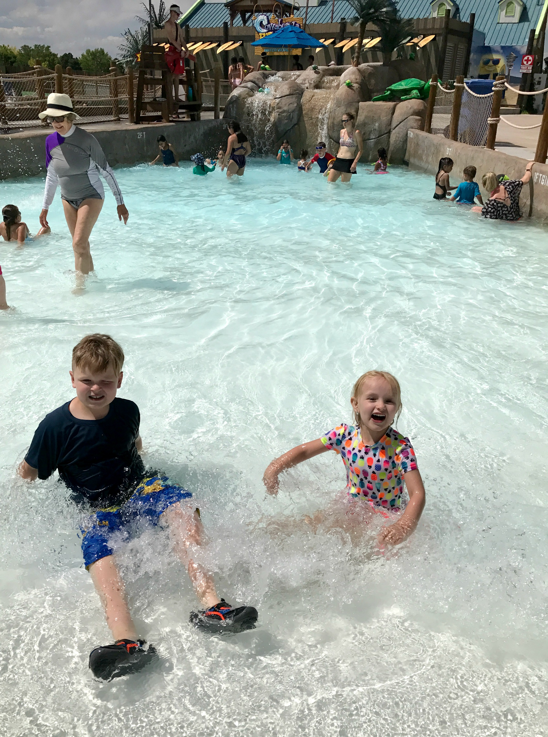 Reasons To Make Water World Your Summer Tradition, Water World Colorado, tips for visiting Water World Colorado, Water Parks in Colorado, Water World, Tips for visiting Water World, Water World Denver, Summer activities in Colorado
