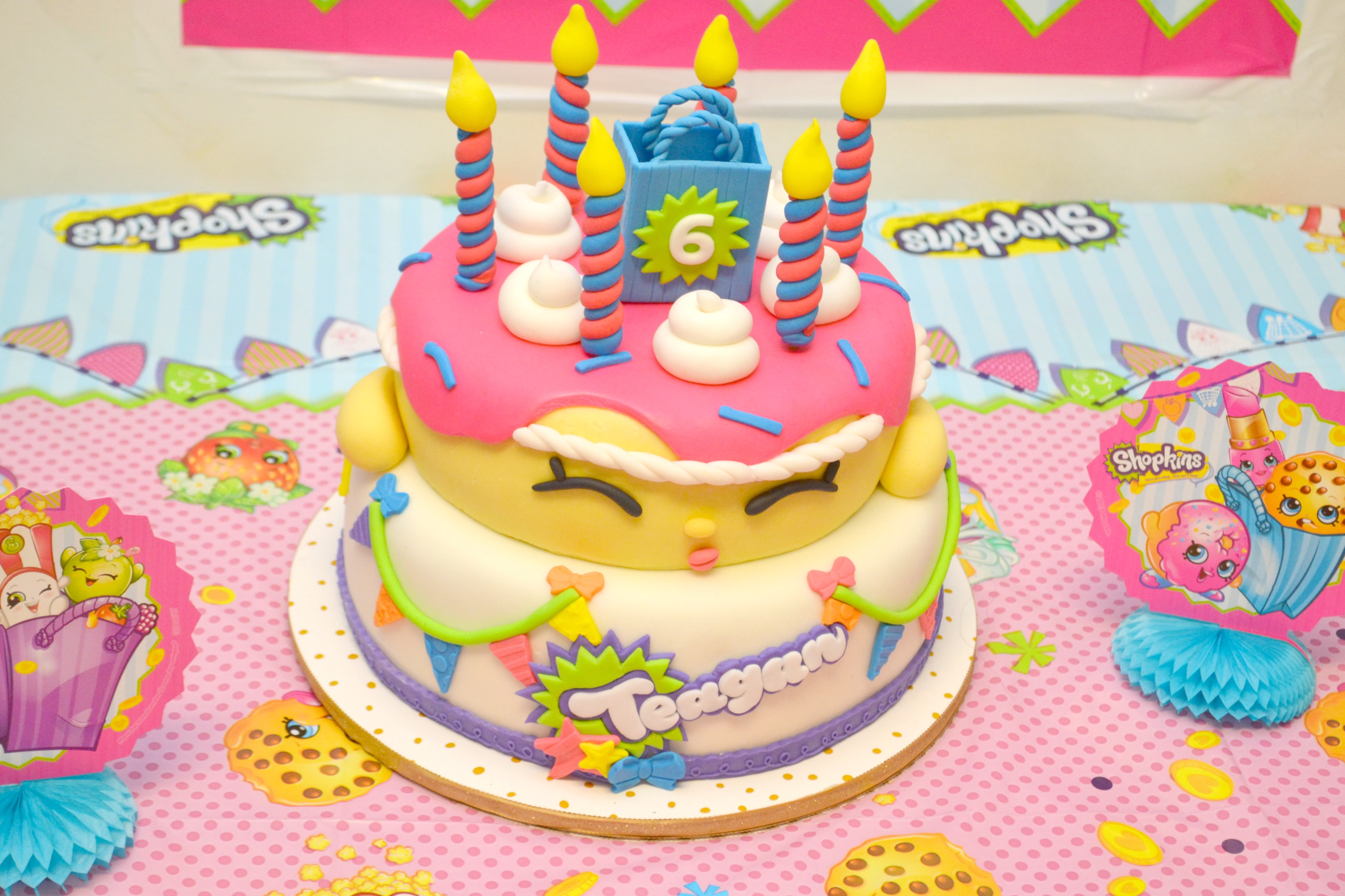 Planning a shopkins birthday party, shopkins party, shopkins birthday party, shopkins party food, shopkins party ideas, shopkins party decorations, shopkins birthday party decorations, how to throw a shopkins birthday cake, shopkins cake, shopkins party, shopkins birthday party printables, throwing a Shopkins birthday party