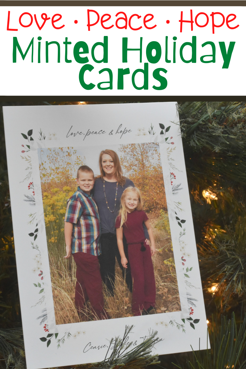 Minted holiday cards. Holiday card ideas. Christmas cards. Family Christmas cards. Spread cheer and send an old fashioned hello via the post office this holiday season! Create your Minted Holiday Cards TODAY!!